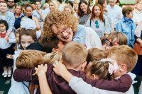 Школа излучает любовь к детям